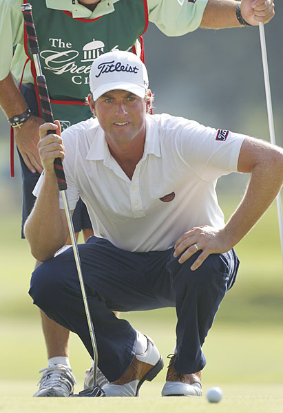Webb Simpson birdied the par-3 18th to finish with a share of the lead with Brendon de Jonge.