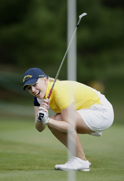 Morgan Pressel is only one shot off the lead after a 68.