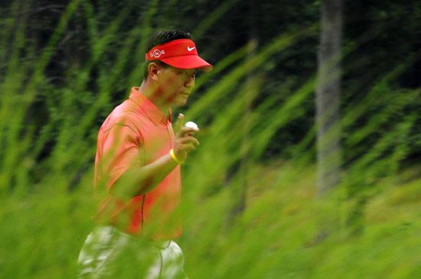 Defending champion K.J. Choi shot a 71.