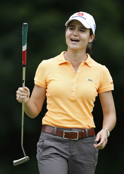 Lorena Ochoa moved into contention with a four-under 67.