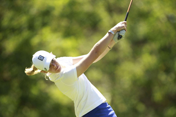 Amateur Amy Anderson opened with a 69, but she unraveled with a 77 in the second round.