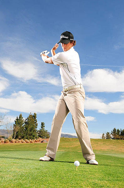 TRY THIS DRILL                           STEP 1                           Swing your arms without a club. Focus on keeping your body and arms in sync.