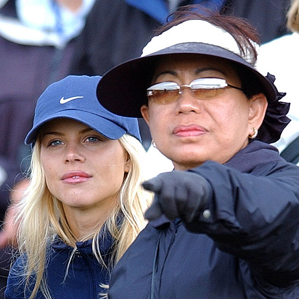 Elin watched the 2002 British Open with Tiger's mother, Kultida Woods.