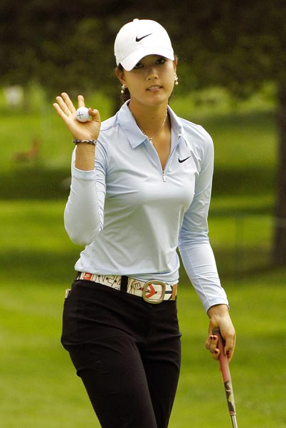 Wie is three strokes off the lead.
