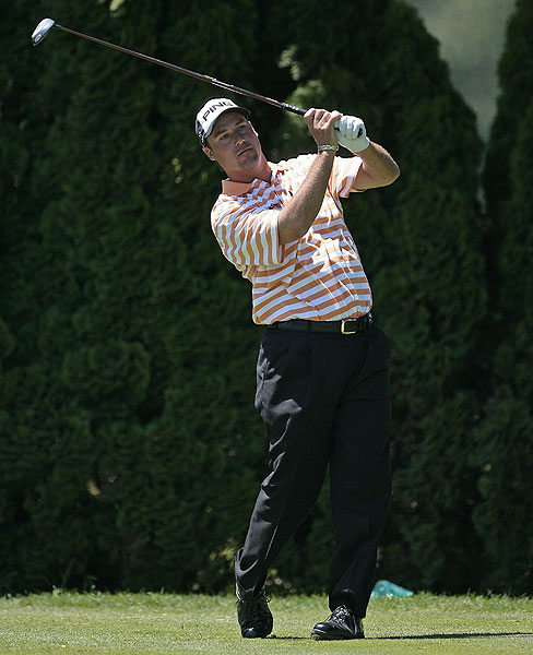 Chris DiMarco had seven birdies and finished one behind the lead at six under par.