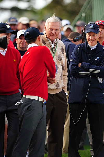Anthony Kim shook hands with NBA legend Jerry West.
