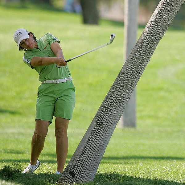 Juli Inkster, who found herself in the rough on the first day, recorded five bogeys.