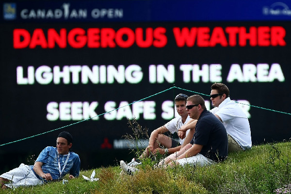 Friday at the 2009 RBC Canadian Open                           Lightning and rain delayed play twice on Friday at the Canadian Open. The first round was completed but the second round will be completed Saturday.