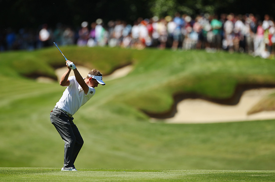Luke Donald shot a three-under 69 to build a two-shot lead over Justin Rose heading into the final round.