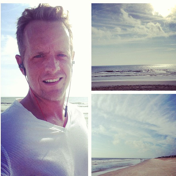 @lukedonald: Morning run on the beach, ready for a low one today #THEPLAYERS #rbcdonald