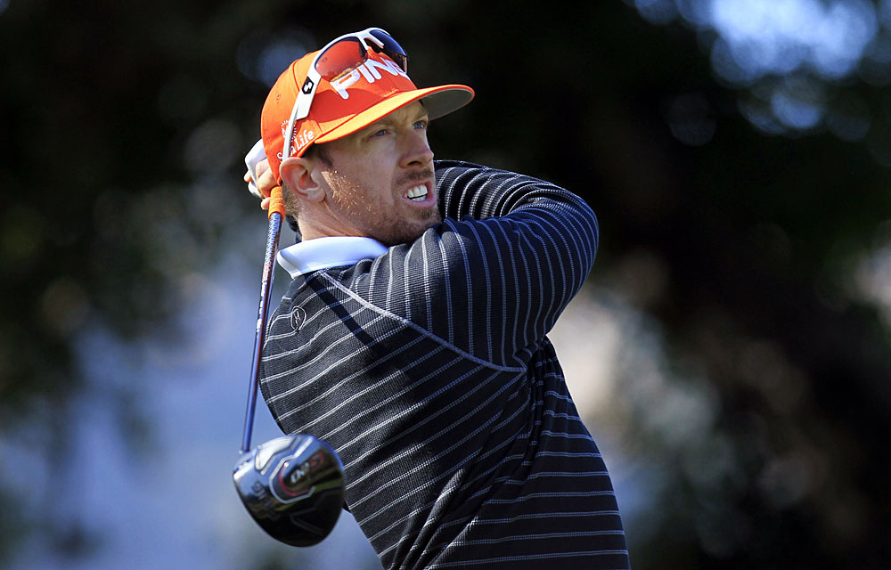 Hunter Mahan bogeyed the last two holes for a 73.