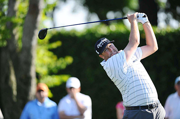 Steve Marino fired a five-under 67 to move to six under, two shots back of leader Spencer Levin.