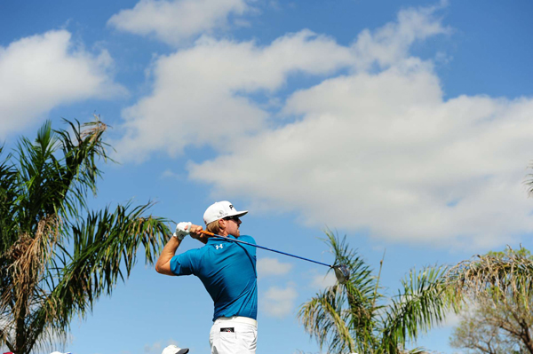 Hunter Mahan is still in contention despite bogeys on three of the last four holes.