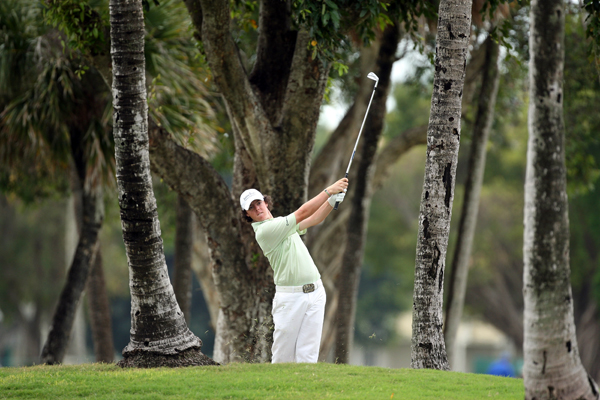 Rory McIlroy, 19, continued his impressive play with a 66.