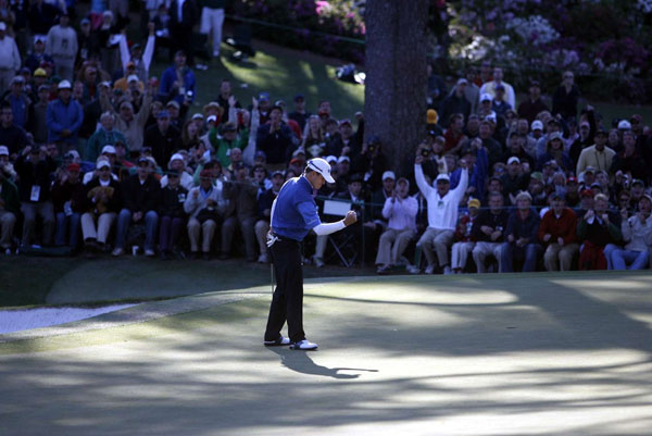2. The 642 players who have made the cut at the Masters since 1997 have averaged just 3.26 three-putts for the 72-hole tournament. The last 13 champions have averaged 2.15 three-putts, with Tiger Woods in 1997 and Jose Maria Olazabal in 1999 going all 72 holes without a single three-putt. The most by a winner was Zach Johnson (pictured) with 6 three-putts in 2007.