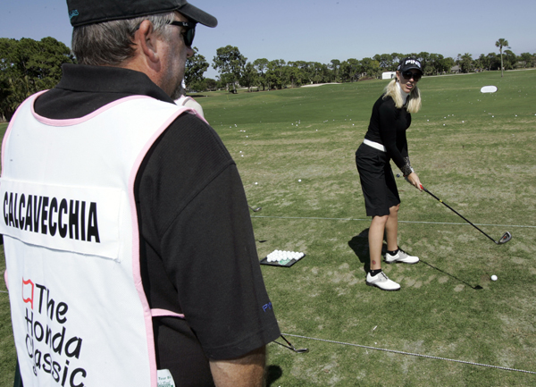 """Depends on how many beers,"" said Brenda Calcavecchia of Mark's Calcavecchia's skills as a caddie."