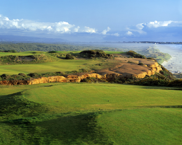 Bandon Dunes Golf Resort                           Bandon, Ore.                           Platinum Award Winner                           bandondunes.com