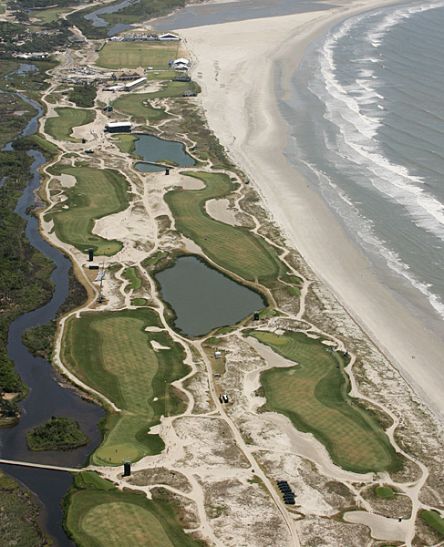 BEST RYDER CUP COURSES                           Kiawah Island Golf Resort                           Kiawah Island, S.C.                           Ryder Cups hosted: 1991                           The war by the shore was not a bore. Thanks Pete Dye.