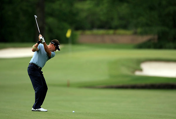 Robert Allenby bogeyed two of his final three holes.