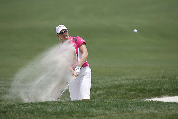 Annika Sorenstam started the day in the hunt, but fell off the pace after a 75.