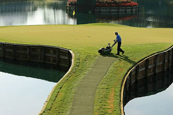 Practice Rounds at TPC Sawgrass                           A greenskeeper put the finishing touches on No. 17 early Wednesday morning.