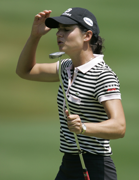 Michelob Ultra Open at Kingsmill: Third RoundLorena Ochoa started Saturday with a three-shot lead, but after a 74 she was five shots behind Lindsey Wright and Cristie Kerr.