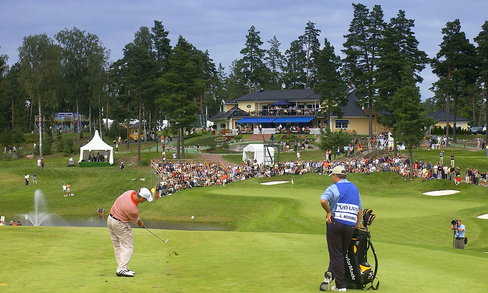 McDowell also turned pro in 2002, when he joined the European Tour and quickly captured his first victory at the 2002 Volvo Scandinavian Masters.