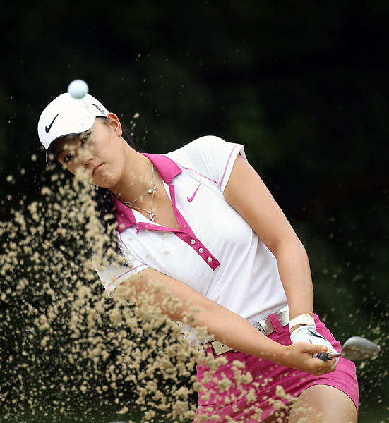 15. Michelle Wie                                                      Followers: 33,233                           Twitter Handle: @themichellewie                                                      Sample Tweet: Now I'm excited to get back home and take some time off to get healthy again and make the back stronger than it was before! Pain sucks!
