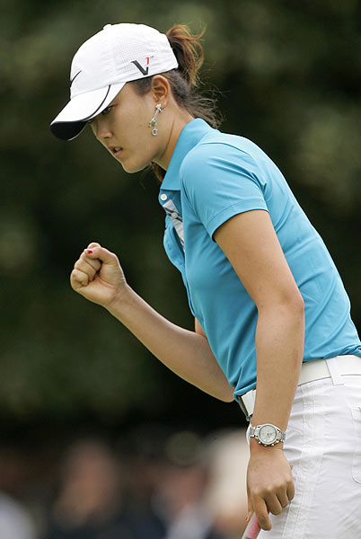 Wie made three-straight birdies on the back nine and had only one bogey on the par-4 15th.