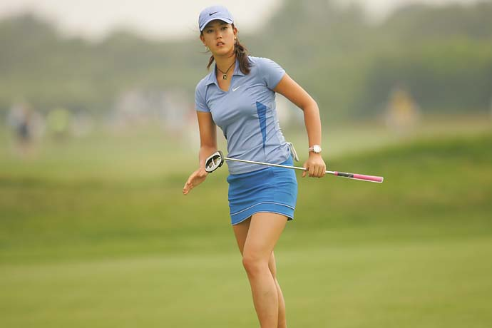 Michelle Wie on the putting green on Sunday of the 2006 U.S. Women's Open at Newport CC in Newport, R.I.