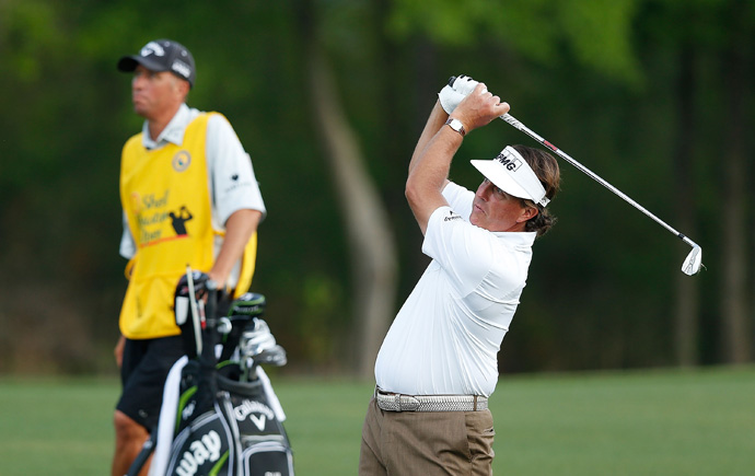 Phil Mickelson moved into contention Saturday with a five-under 67.