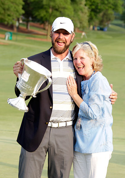 Lucas Glover with his mom, Hershey, at the 2011 Wells Fargo Championship.