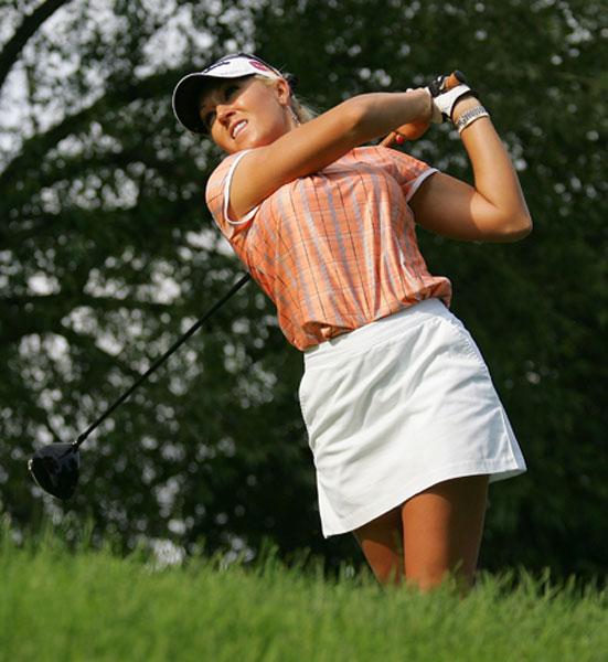 Natalie Gulbis shot a one-under-par 71 in the first round of the Wegmans LPGA.