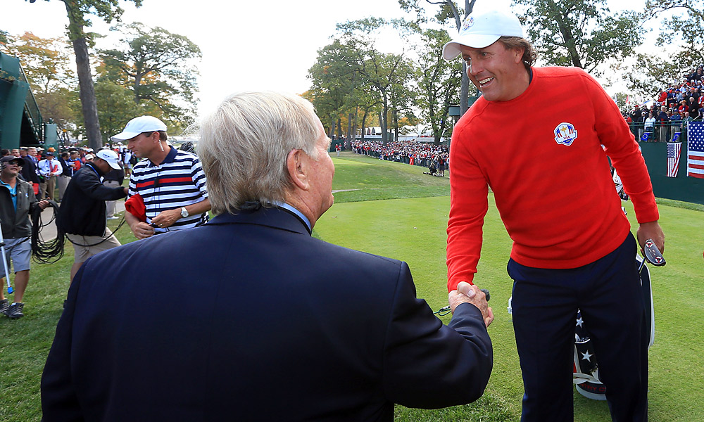 Jack Nicklaus greeted American players like Phil MIckelson on the first tee.