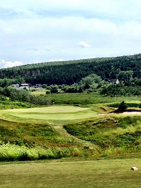 """""""@eamonlynch: The 10th green, playing 195 yards today."""""""