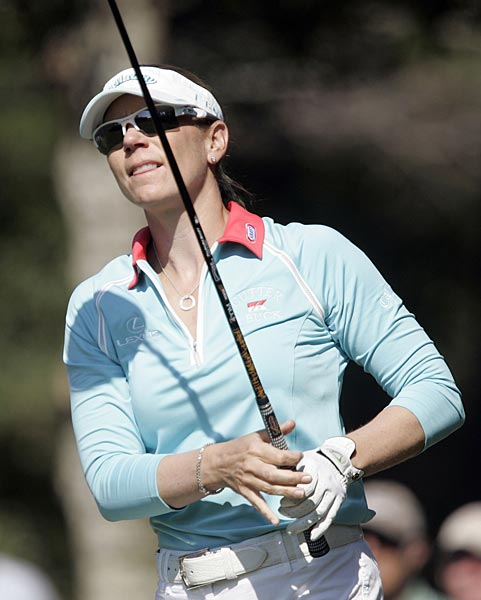Sorenstam, winless since September 2006, also finished 10 under and earned a spot in next week's season-ending ADT Championship at Trump International.