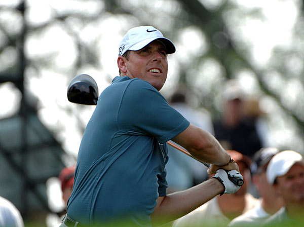 8. Justin Leonard                           	Texas is usually blamed for Leonard's belt-high-and-off-the-left-hip follow through, the theory being that low-trajectory shots were mandatory when he was growing up in Dallas. But Texans Ben Hogan and Byron Nelson managed to hit the ball without banging themselves on the back and shoulders with the club.