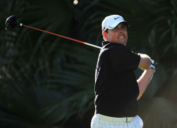 Justin Leonard made 11 birdies and three bogeys in tough conditions Friday. He leads by two shots.