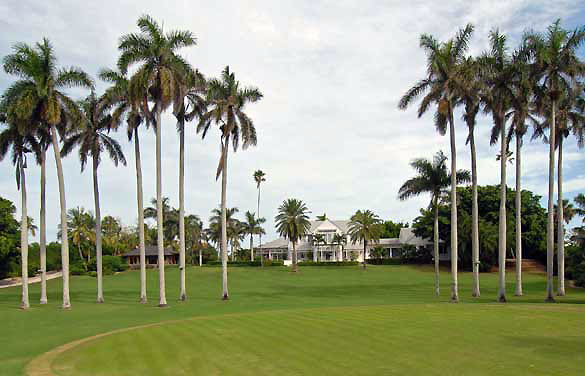 The main lawn includes a practice green.