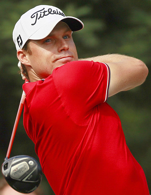 Nick Watney made five birdies and four bogeys for a 71.