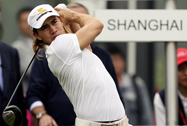 After a rough front nine, Camilo Villegas rebounded on the back to finish at one-over par.