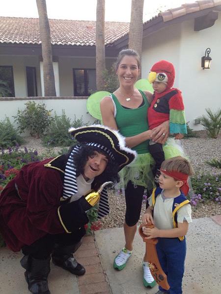 Arron Oberholser: @ArronOberholser: Halloween is here and dang is this costume hot! Like temperature hot!