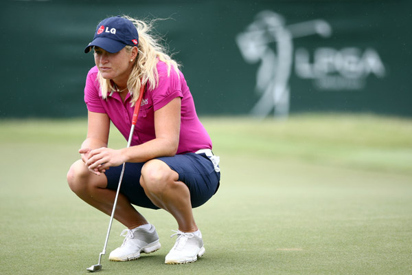 Suzann Pettersen shot even par to remain tied for the lead.