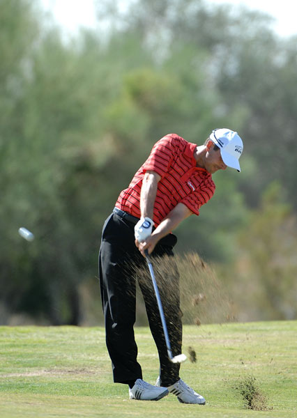 Mike Weir continued his good play from the Presidents Cup. Weir finished four shots off the lead.