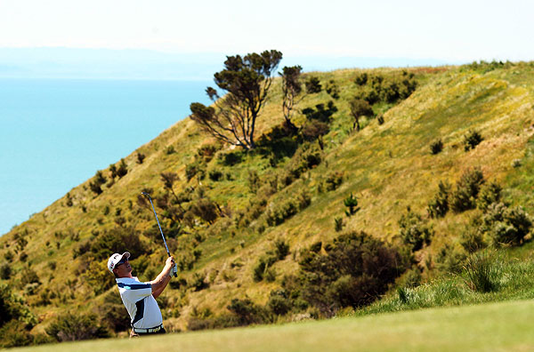 Kiwi Challenge                           Four golfers faced off at Cape Kidnappers in New Zealand over 36 holes of golf in the Kiwi Challenge. In the end, Hunter Mahan shot 65 to tie Anthony Kim at 7-under par and beat him on the second playoff hole.                                                       For more information on the challenge visit nbc.com.