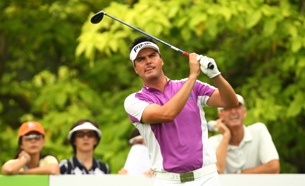 Daniel Chopra made six birdies and no bogeys to grab a share of the lead with Yih-Shin Chan and Ian Poulter.