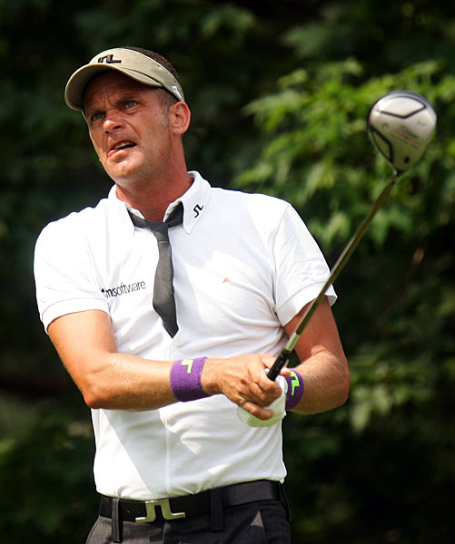 9. In 1997, Jesper Parnevik began wearing the clothes of designer J. Lindeberg. Golf had not seen such tight-fitting pants, thick belts, loud colors and floppy-collared shirts since the 1970s.