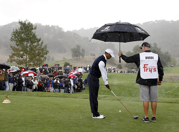 Woods had new caddie Joe LaCava on his bag for the first time in a competitive round.