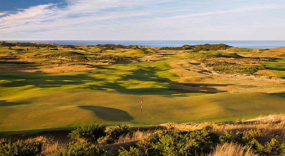 While watching the British Open each year, you probably daydream about a golf trip to the U.K. If you don't have the budget, don't worry -- there are plenty of U.S. courses that offer a links experience without a passport.                                              Old Macdonald, Bandon Dunes, Ore.: The newest member of the Bandon Dunes 18-hole course roster opened in 2011 and has drawn raves for wide-open fairways and pure shotmaking fun.