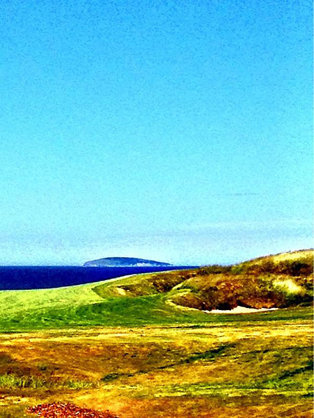 """@eamonlynch: The opening tee shot @cabotlinks. Blind, beautiful, brawny."""
